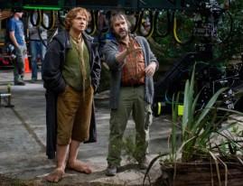 lo-hobbit-un-viaggio-inaspettato-martin-freeman-e-peter-jackson-sul-set-259741_jpg_1003x0_crop_q85